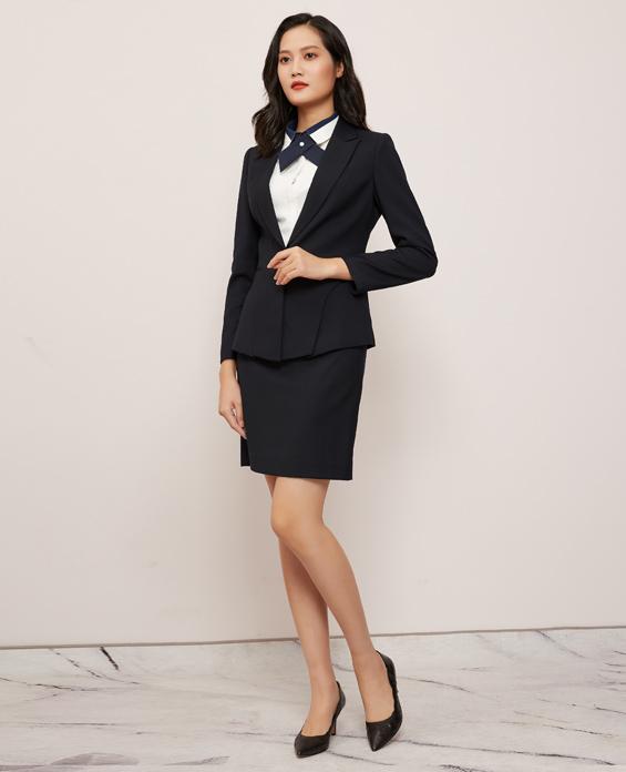 高端商务西装三件套套裙定制展示图