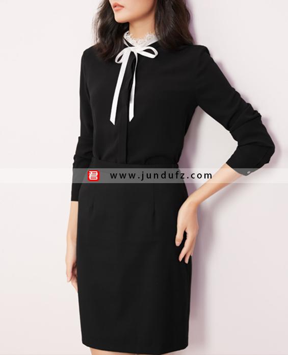 黑色蕾丝领优雅衬衫+经典显瘦小A裙套装定制展示图
