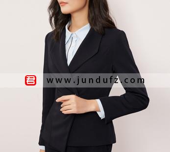 秋季时尚干练修身西装三件套套装定制