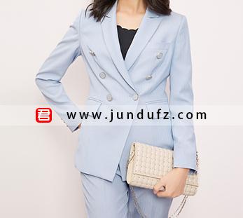 女浅蓝双排扣西装两件套套装定制