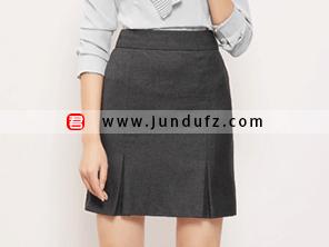 深灰色半裙效果图