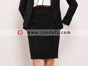 黑色包臀短裙效果图