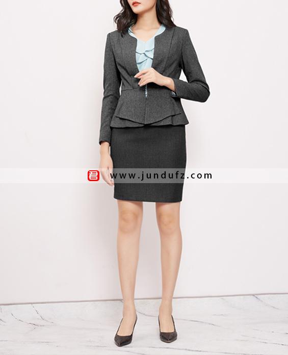 气质时尚修身高端西装三件套套裙定制展示图