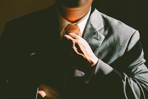 团体职业装定制的优势有哪些?主要有这4大优势!