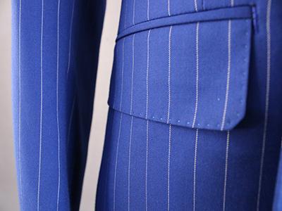 男蓝色条纹双排扣西服定制侧袋细节