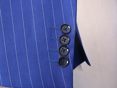 男蓝色条纹双排扣西服定制袖口细节