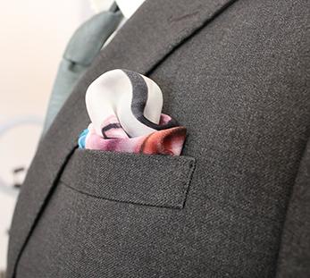 男灰色双排扣西服定制图片