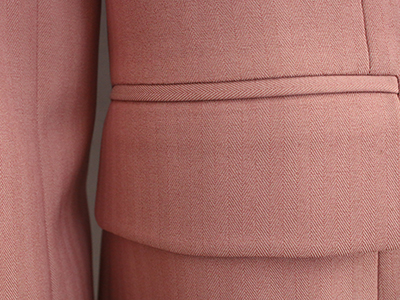 女粉色双排扣西服定制侧袋细节