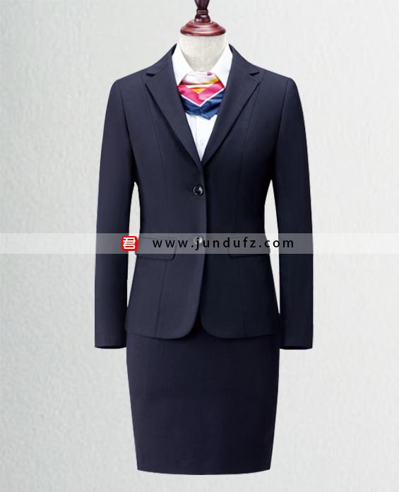 女藏青色经典西服职业装套装定制展示图