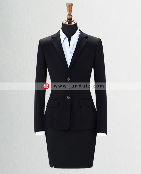 女两粒扣显瘦西服职业装套装定制展示图