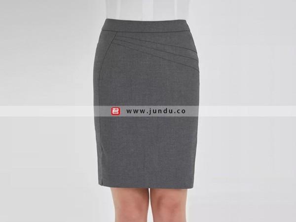 职业装包臀裙