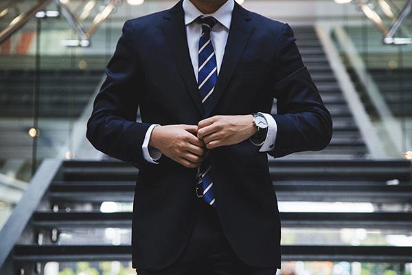 西装定制对于男士的重要性
